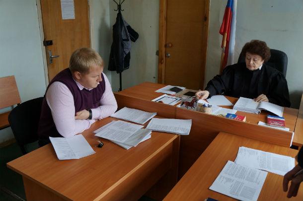 Дмитрий Аникин и судья Карапетян Фото Андрея Попкова