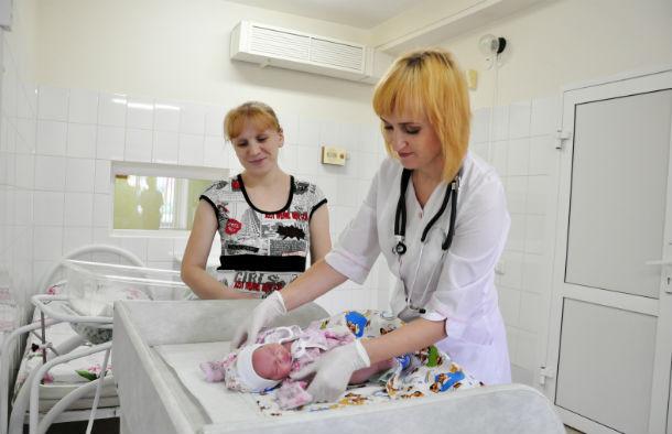 Ирина Климчук сдала квалификационный экзамен и сейчас работает врачомнеонатологом в ДГБ. Фото Анны Неволиной