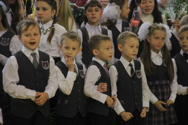 Уже школьники Фото Анны Неволиной