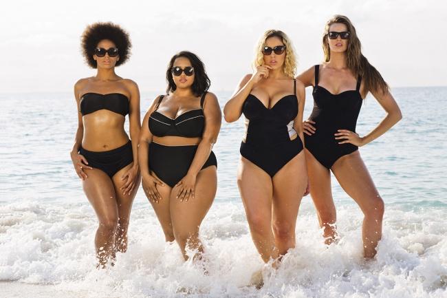 Бренд Swimsuits for all утверждает, что хотели запечатлеть «сексуальных, уверенных в себе женщин разной комплекции и тем самым доказать, что каждая женщина красива».  Фото с сайта adme.ru