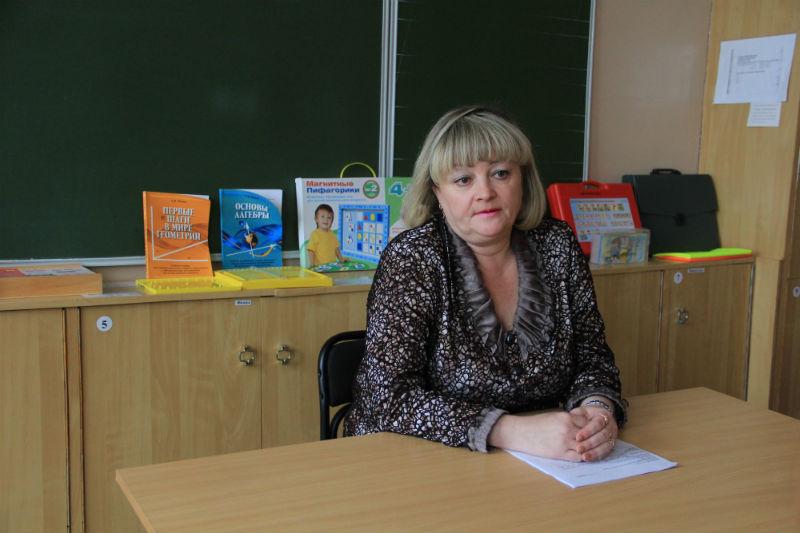 Директор школы № 11 Анжелика Акимова Фото Анны Неволиной