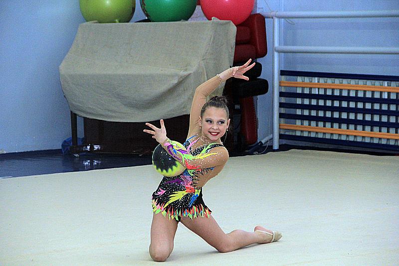20 лучших кадров с показательных выступлений по художественной гимнастике в Первоуральске