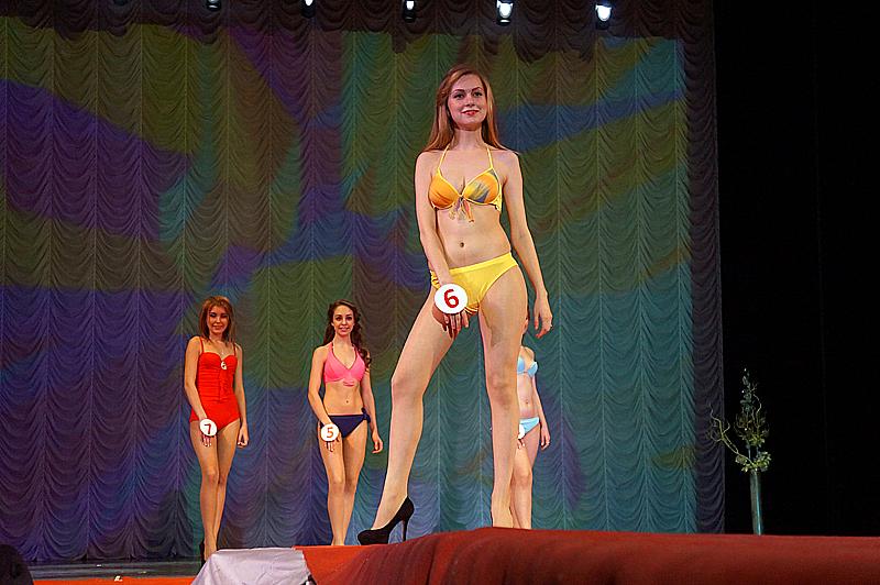 17-летняя Виктория Ефремова стала «Мисс Первоуральск ̶ 2015»