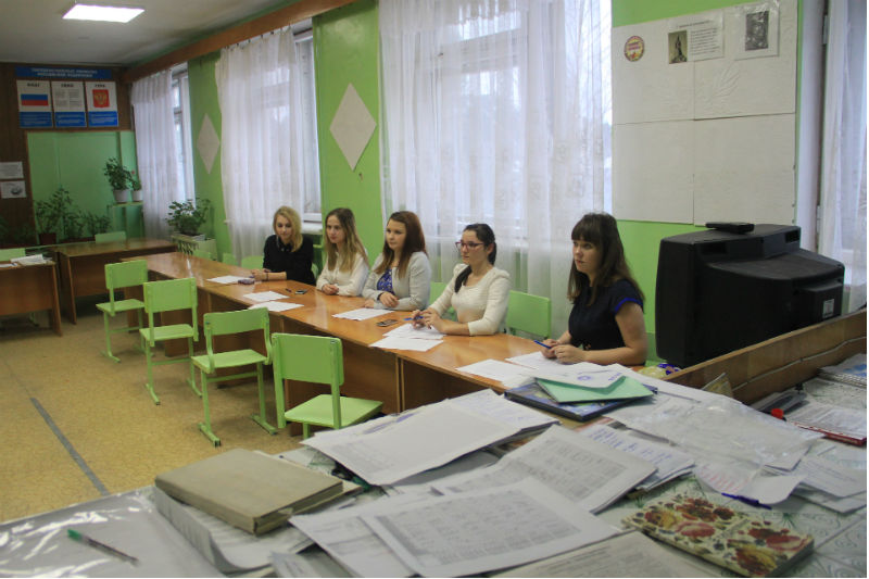 Избирательный участок в политехникуме Фото Анны Неволиной