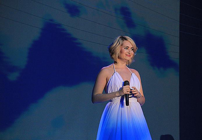 Полина Гагарина, Тимати, Игорь Корнелюк и многие другие «звезды» дали концерт в Первоуральске. Фото