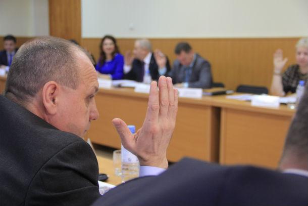 Геннадий Гарипов считает, что пора агитировать людей за открытие спецсетов Фото Анны Неволиной