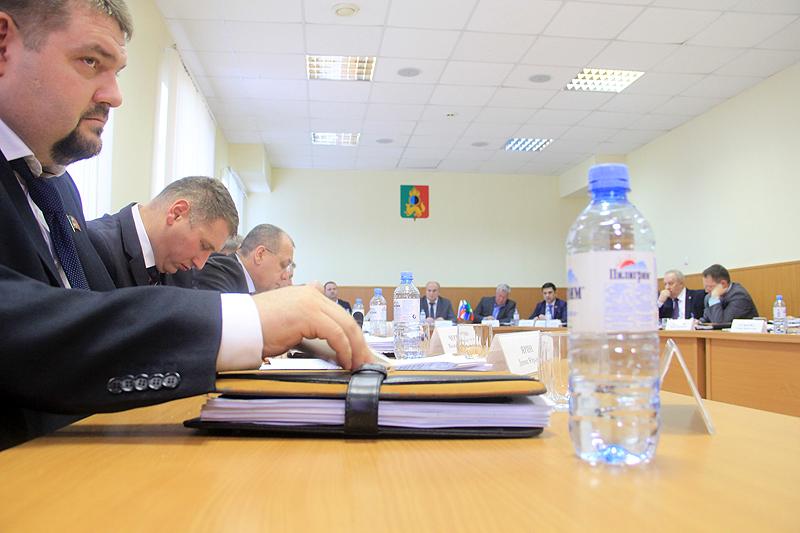 20 фото депутатов накануне корпоратива