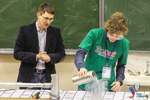Денис Сычев (cправа) Фото Юлии Лукьяновой