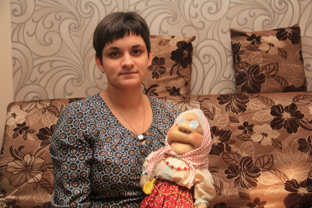 Наталья Дрокина получила приз от творческой мастерской МАРУСЯ по итогам декабря Фото Анны Неволиной