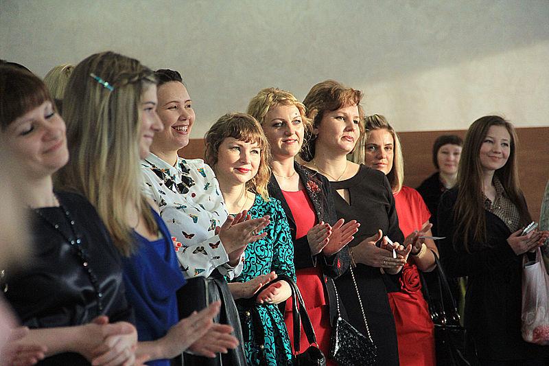 На кастинг пришло более 50 мамочек Фото Анны Неволиной
