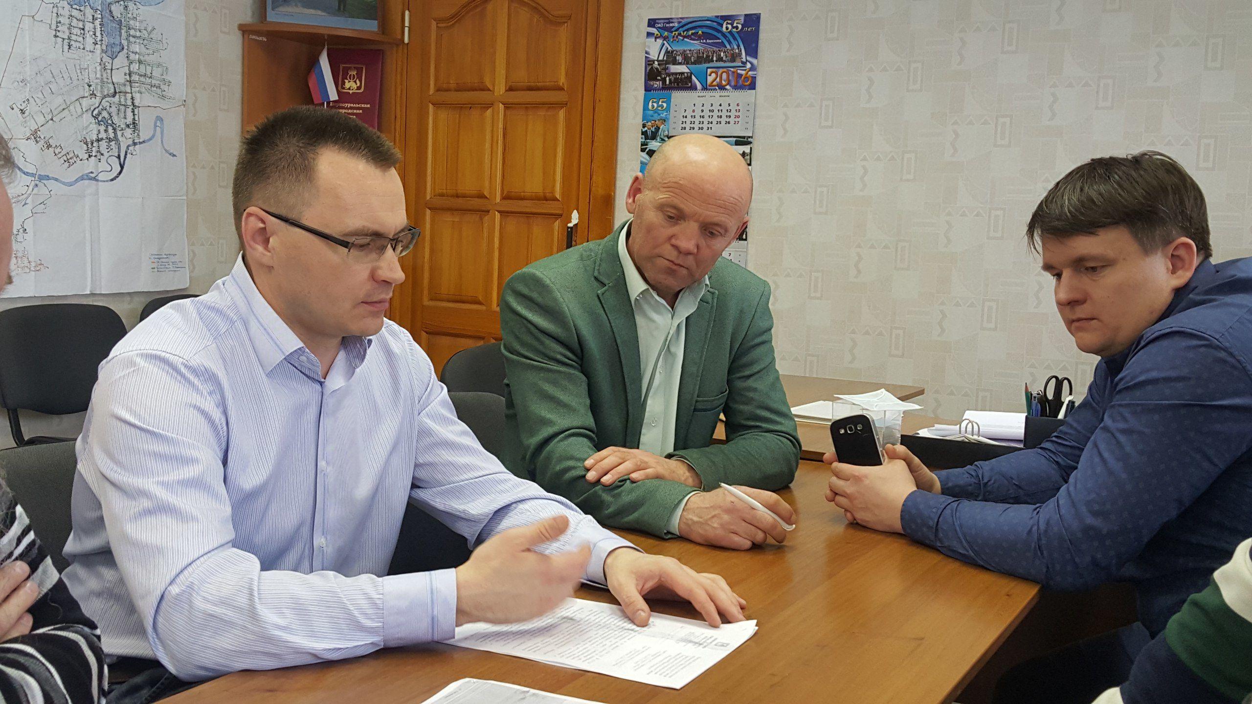 Станислав Анфиногенов (слева), Александр Гильденмайстер (в центре) и Станислав Могила Фото Светланы Колесниковой
