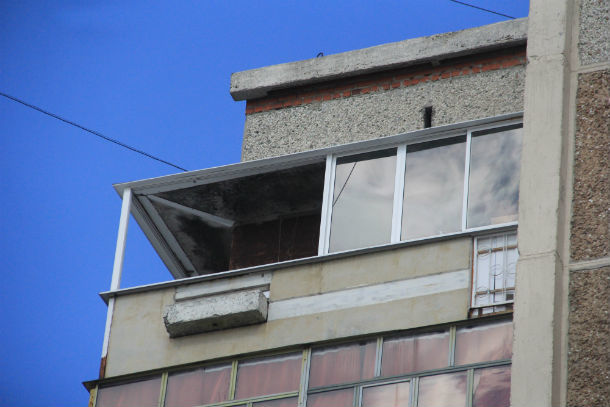Ответственность за падение лоджии несет хозяин квартиры Фото из архива редакции