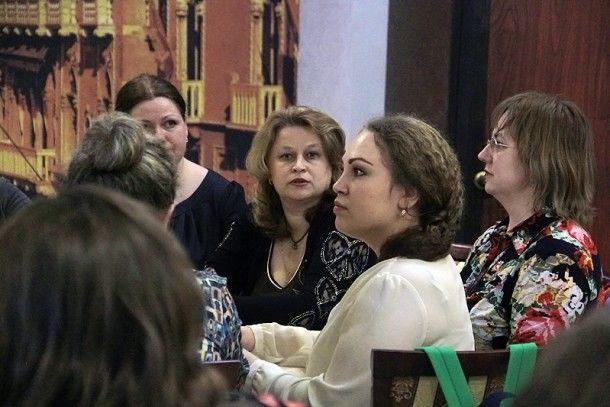 """Встреча в кафе """"Барокко""""  Фото Анны Неволиной"""