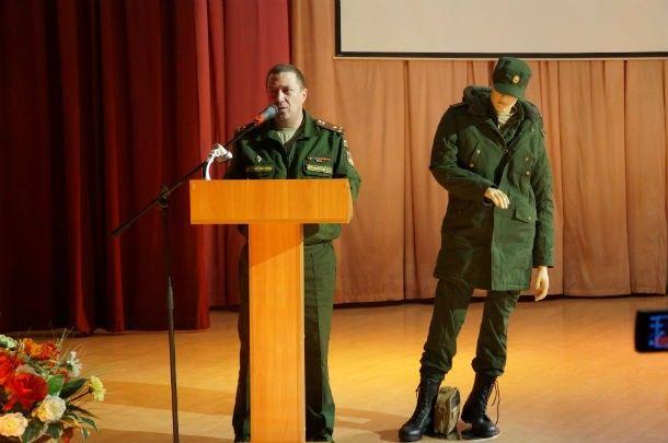 Военком Первоуральска Сергей Дарманов рассказал, что служить в армии сейчас - одно удовольствие  Фото Марии Поповой