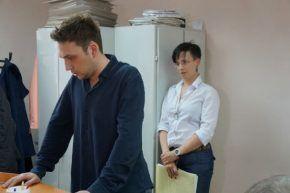 Свидетель со стороны пострадавшего Леонид Дакалов (слева)   Фото из архива редакции