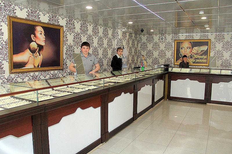 """Ювелирный салон """"Алмаз"""" Фото Анны Неволиной"""