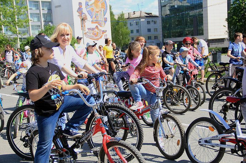 В Первоуральске прошел велопарад. Фото