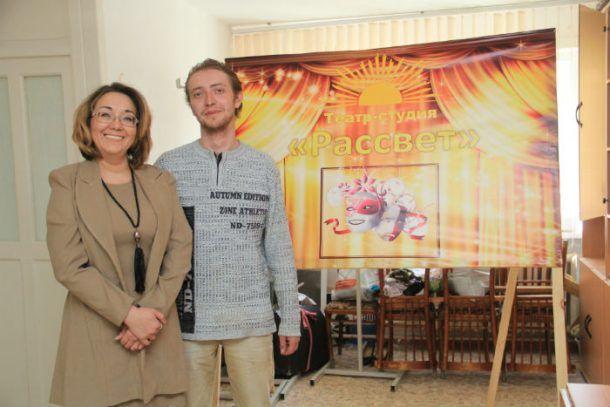 Участники театра Розалия Бурдина и  Алексей Падьянов  Фото Анны Неволиной