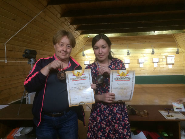 Призеры соревнований Ольга Мишагина и Эльвира Хабирова Фото Сергея Бояринцева