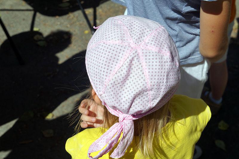 По деткам и шапка. Фоторепортаж