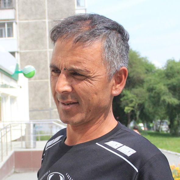 Шараф Малаев, строитель