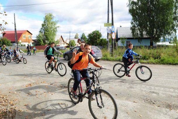 """Фото с велопрогулки в Ревде, организованной редакцией """"Городские вести"""""""