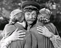 Luchshie-filmyi-v-retsenziyah-A-zori-zdes-tihie-A-zori-zdes-tikhie-1972-3