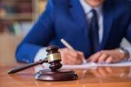 lawyer-1024x684